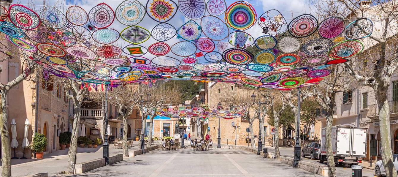 alaro-centro-Living-blue-Mallorca.jpg