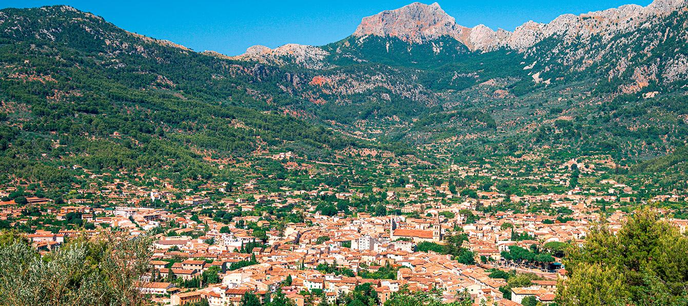 soller-vista-aerea-LivingBlue-Mallorca.jpg