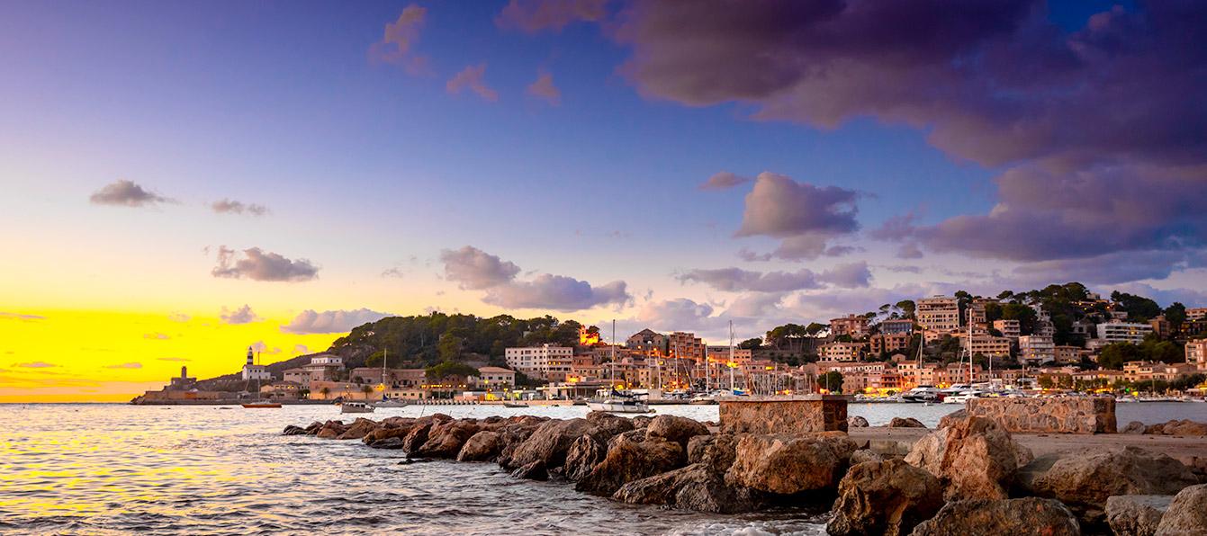 port-soller-sunset-Living-Blue-Mallorca.jpg